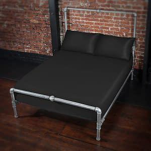 SoSF_Plus-BlackSheet-Pillows_01